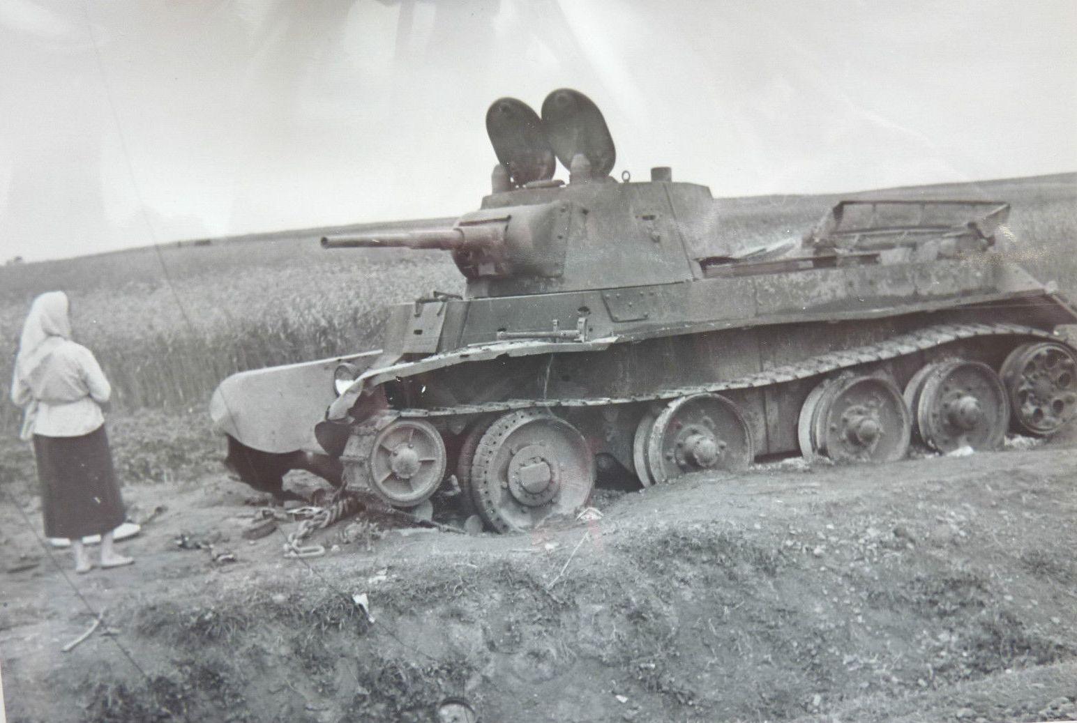 подборка фото подбитых танков людей всему